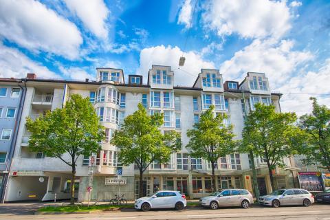 Leonardo München City West