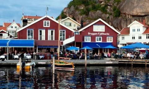 Stora Hotellet Bryggan i Fjællbacka - Få de bedste tilbud!